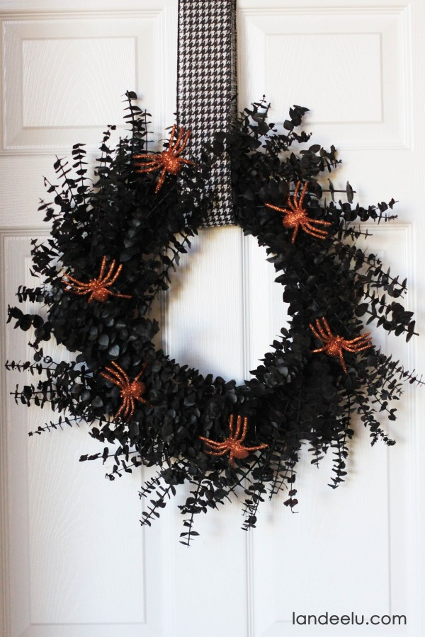 Halloween Spray Painted Wreath