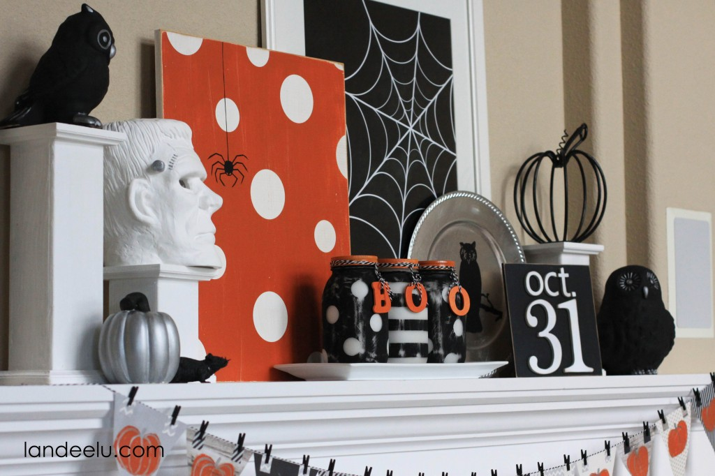 halloween mantel decoration 1 - Halloween Mantle
