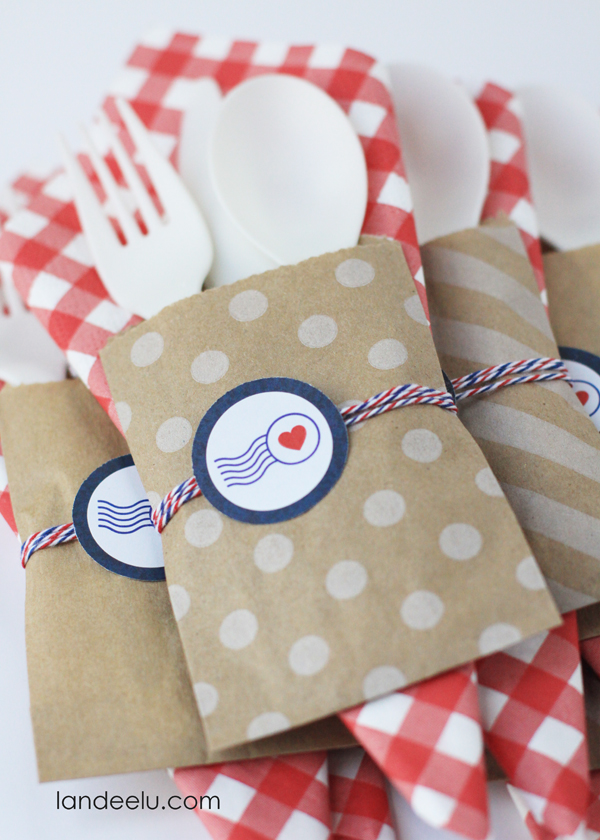 Fourth of July Party Utensil Holder Idea from landeelu.com