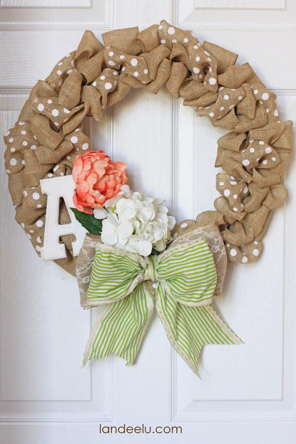 How to make a burlap wreath Making wreaths