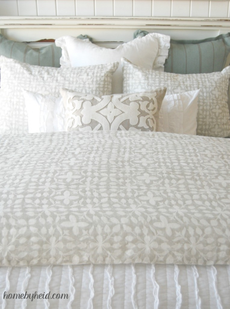 Tips For A Beautiful Bed