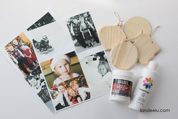 Photo Transfer Christmas Ornaments | landeelu.com Love this idea to display holiday memories on the Christmas tree!