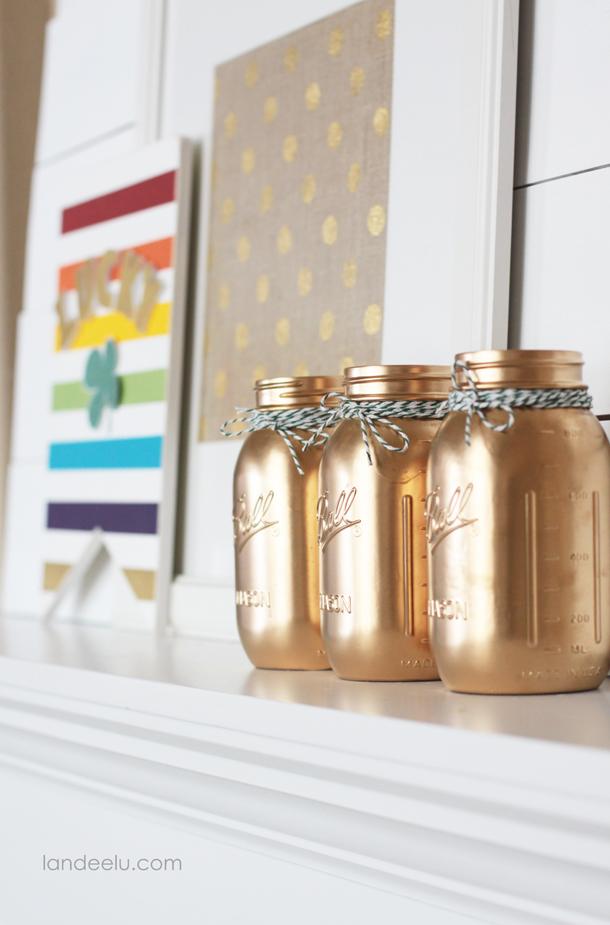 http://www.landeeseelandeedo.com/wp-content/uploads/2015/02/DIY-Gold-Mason-Jars.jpg