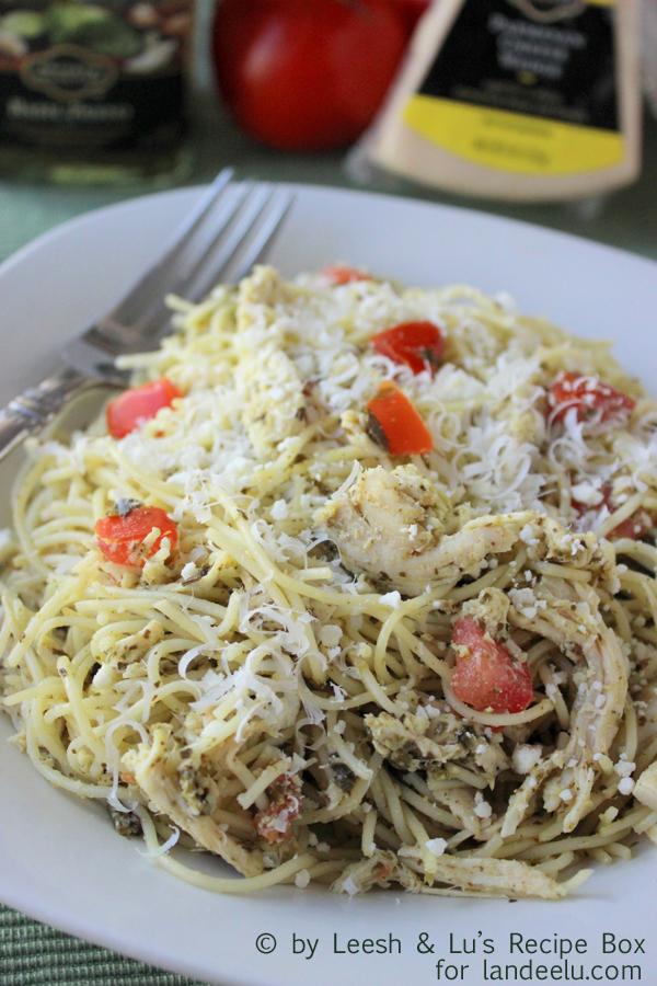 http://www.landeeseelandeedo.com/wp-content/uploads/2015/03/Chicken-pesto-pasta-2-copy.jpg