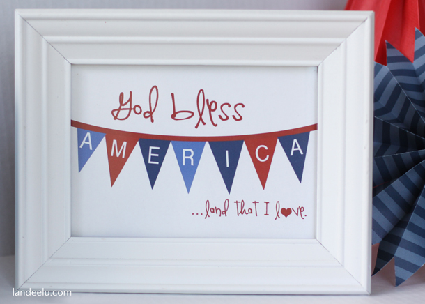 Fourth of July Printable | landeelu.com  God Bless America!