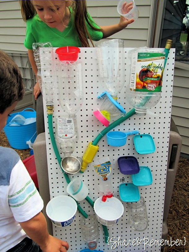 Outdoor diy summer activities for kids for Diy water wall