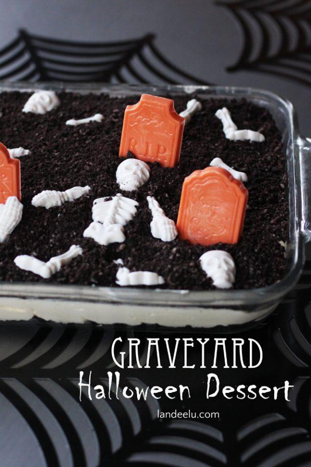 Oreo Graveyard Halloween Dessert