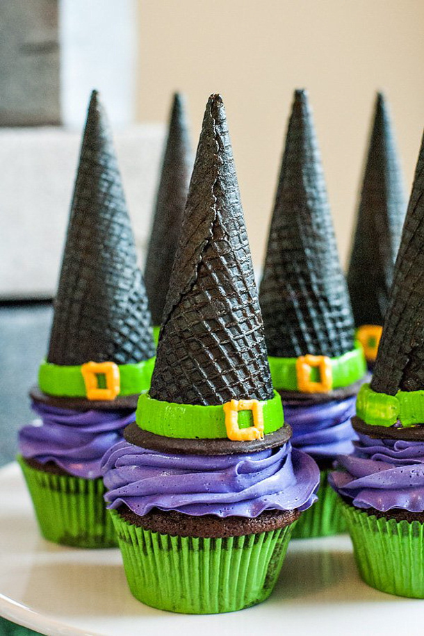 witch-cupcakes