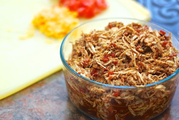 Crockpot Spicy Shredded Chicken for Tacos via SHORTSTOPBLOG