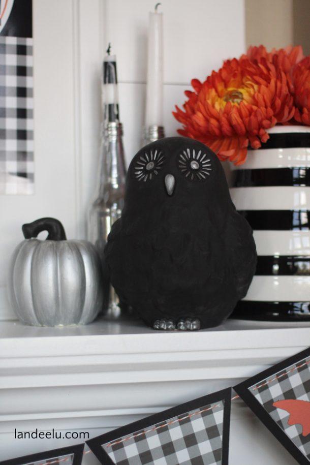 Halloween Mantel Idea