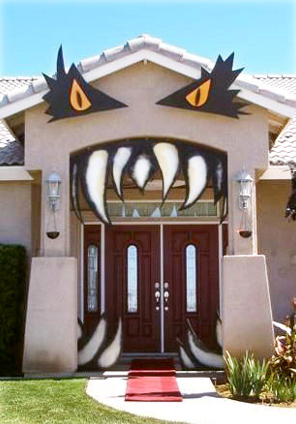 Halloween Door Decor Ideas  landeelucom ~ 062849_Halloween Door Entrance