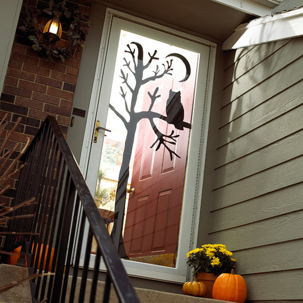 Halloween door decor ideas for Decoration porte classe halloween