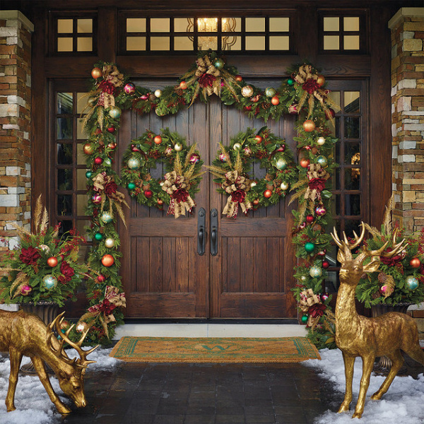 Houzz Decorating Ideas: Festive Christmas Porch Decorating Ideas