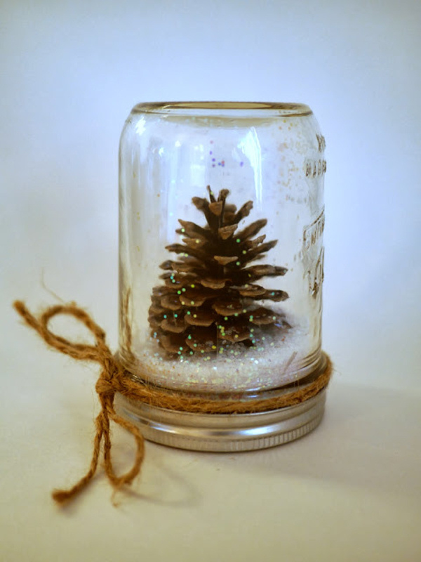 pretty winter crafts using pinecones. Black Bedroom Furniture Sets. Home Design Ideas