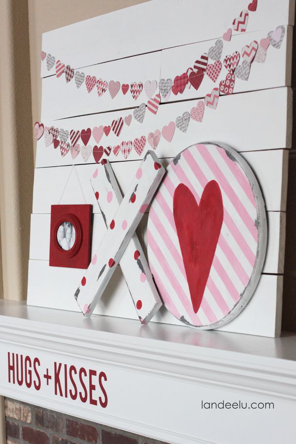 DIY Valentineu0027s Day Signs | Landeelu.com So Many Fun DIY Signs To Make For