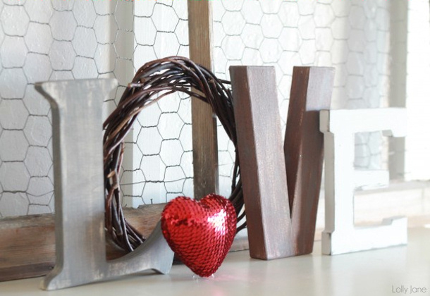 valentines-day-love-letters-mantel-decor-Lolly Jane