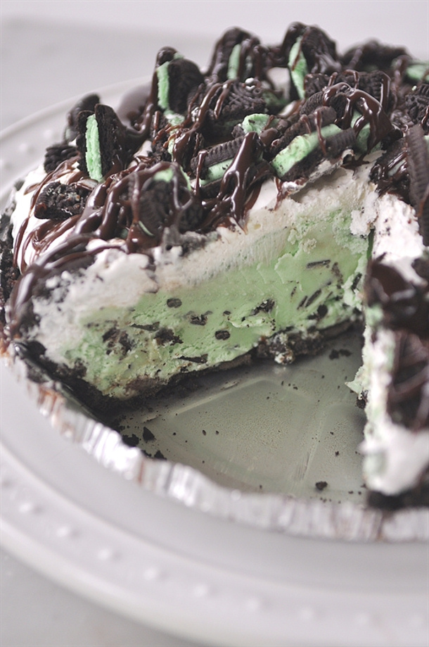 Grasshopper Ice Box Cake