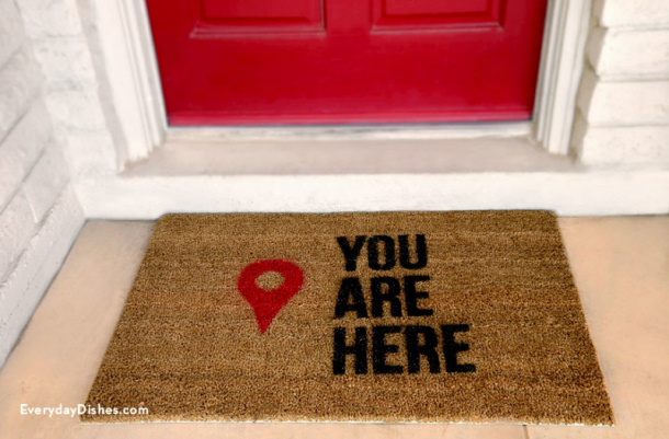 stenciled-doormat-everydaydishes