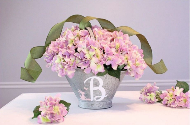 spring decorations  centerpieces
