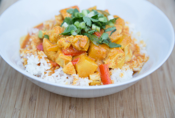 Chicken Curry Recipe - Chicken Pineapple Curry Recipe via 5 Dollar Dinners