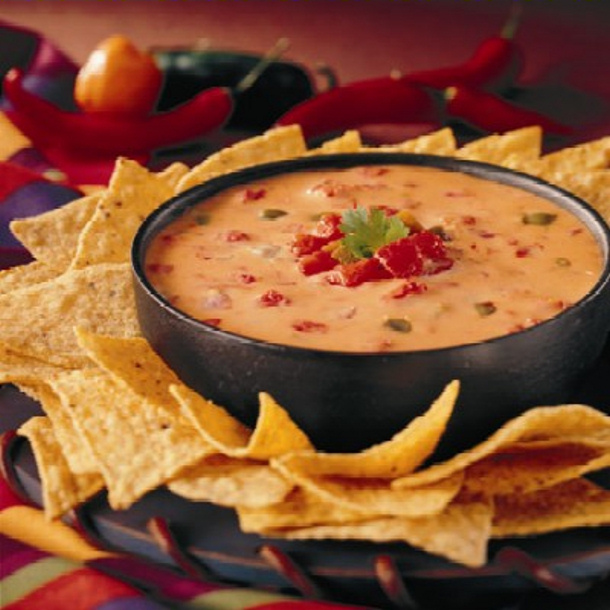 Ground Beef Recipes - Nacho Cheese Dip via eighteen25