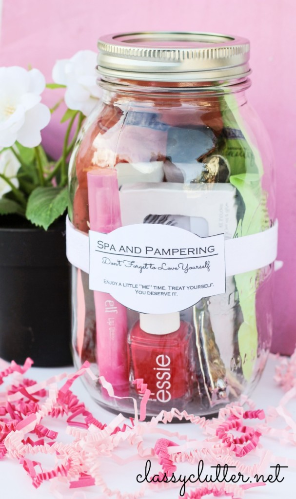 Do it Yourself Gift Basket Ideas for all Occassions - Pampering Spa in a Mason Jar Gift Idea and Free Printable Gift Jar Label Tags via Classy Clutter