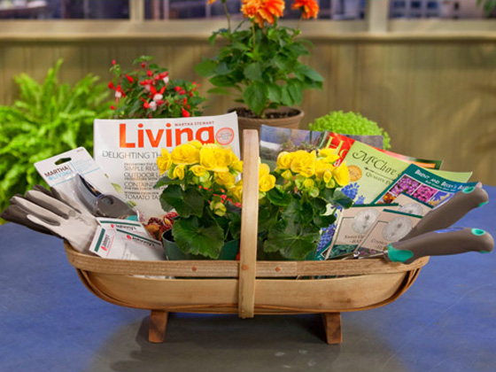 Gardening Basket Gift Ideas super idea gardening gift basket creative ideas how to create a garden gift basket basket Do It Yourself Gift Basket Ideas For All Occasions