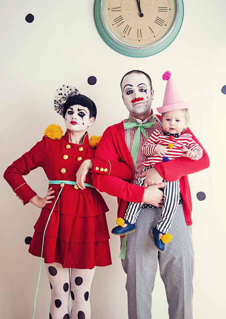 DIY Halloween Costumes Ideas - Family of Circus Clowns Costume Idea via Kick Can and Conkers