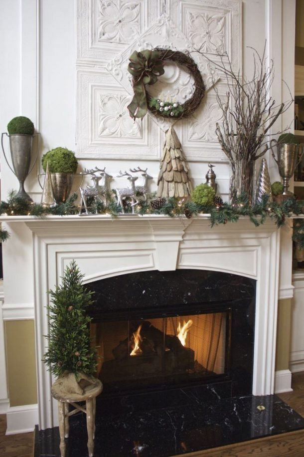 Natural Rustic Elements And Reindeer Theme Winter Christmas Mantel