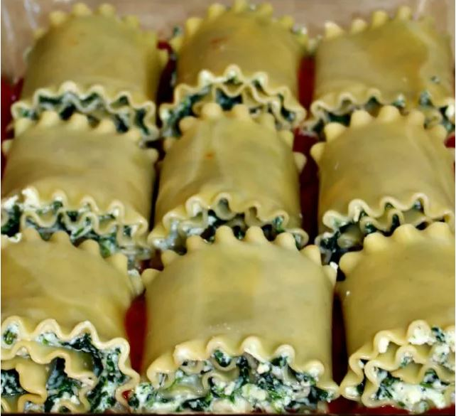 Skinny Lasagna Rolls Healthy Dinner Recipe via Tabler Party of Two