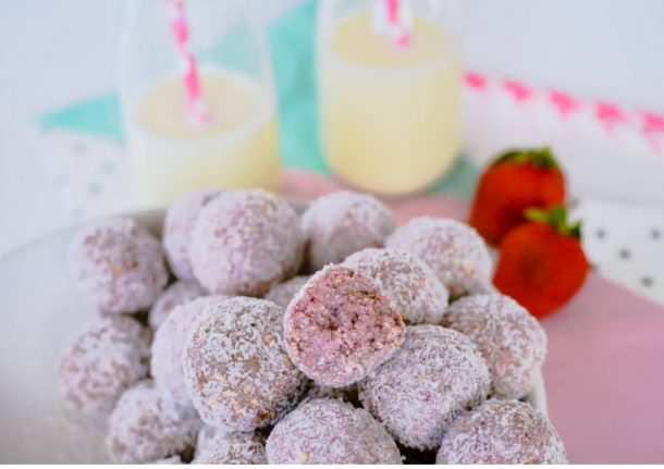 Healthy Low Sugar Strawberry Breakfast Bites Recipe via My Kids Lick The Bowl