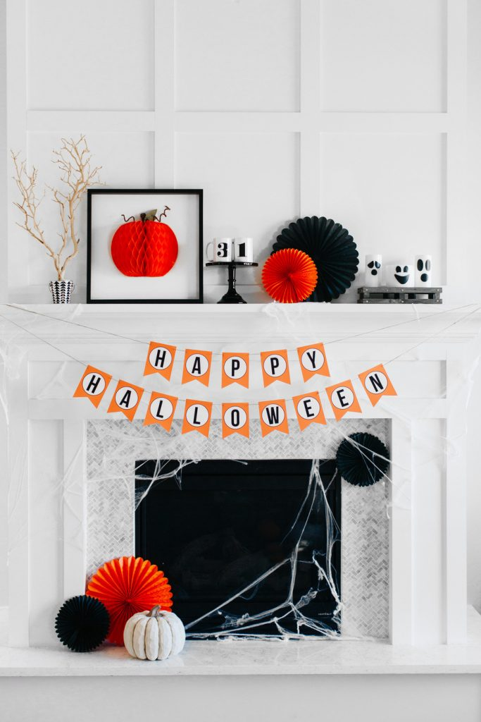 How to: Style a Traditional Halloween Mantel | The Tomkat Studio