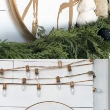 How to Make DIY Christmas Signs The EASY Way!