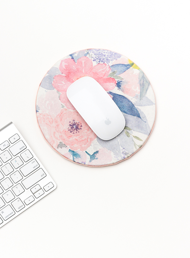 DIY Fabric Mouse Pad | The Crafted Life