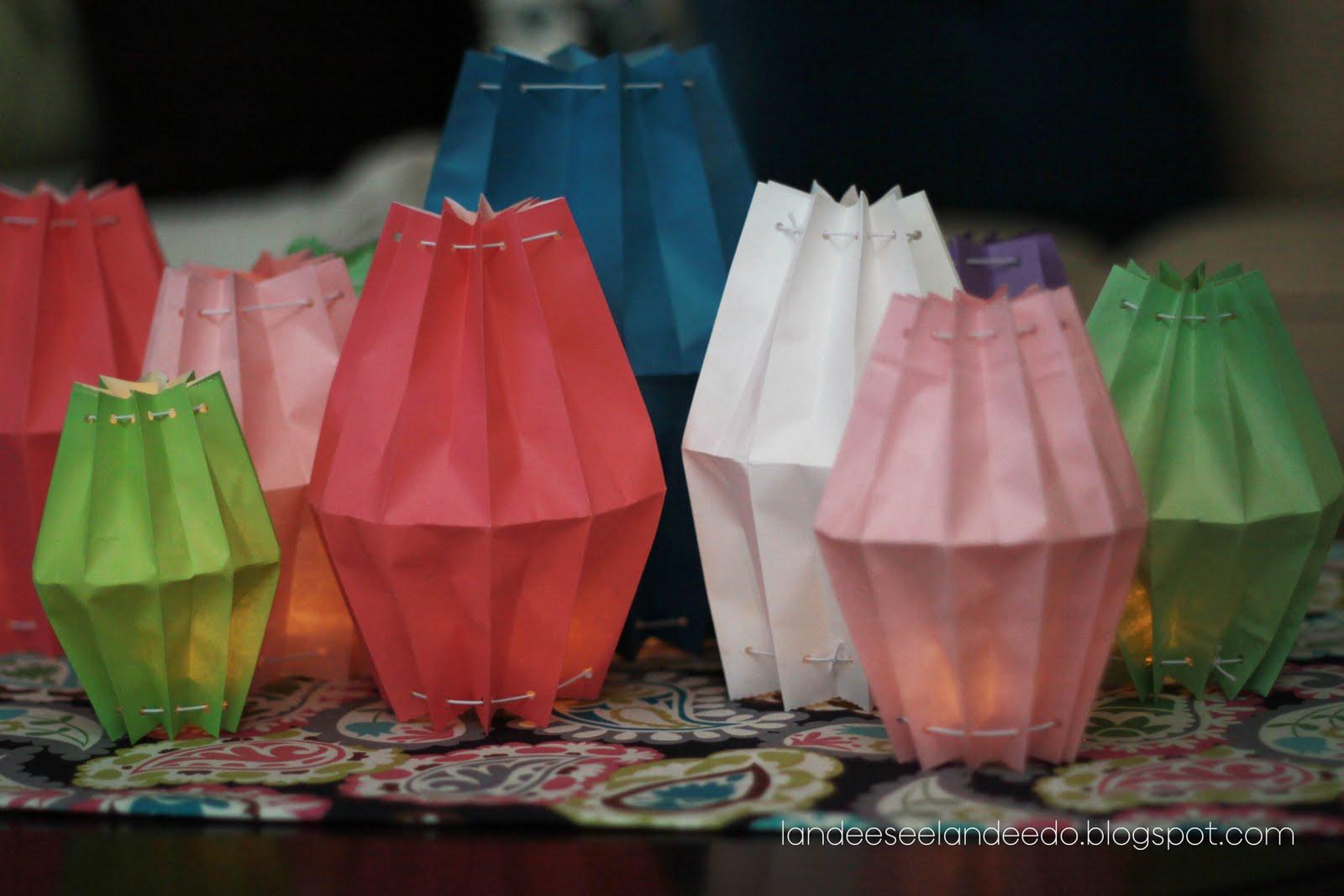 Paper bag lanterns - Lanterne en papier ...