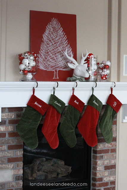 Christmas mantel decor for B q christmas decorations
