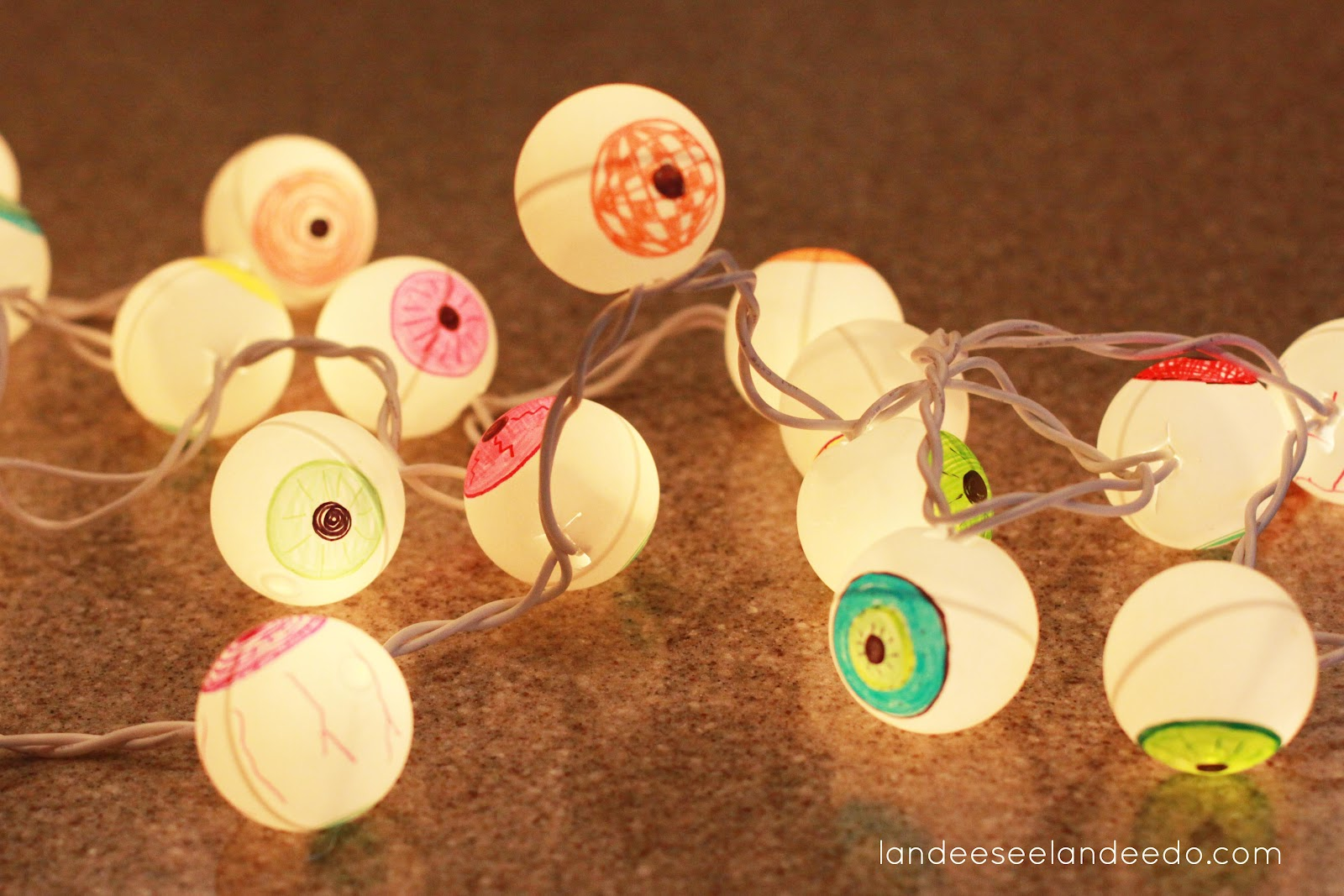 DIY Eyeball Lights - landeelu.com