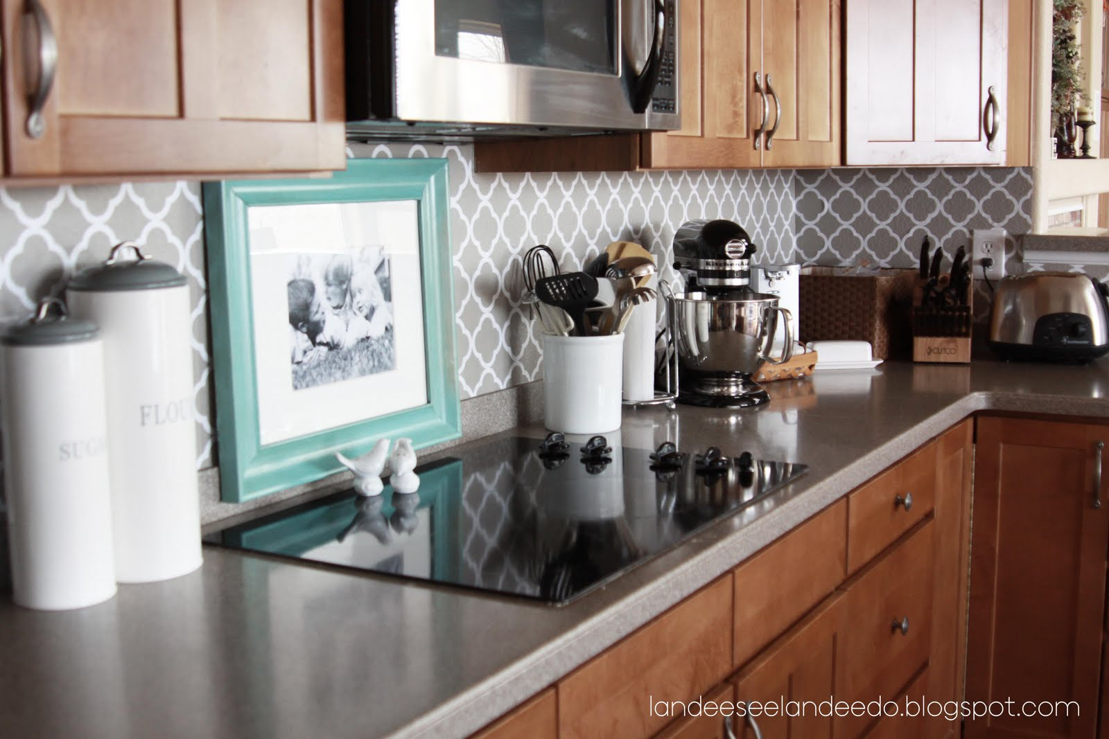 painted kitchen backsplash designs how to paint a stripe landeelu 3976
